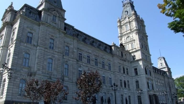 Projet de loi no 176 modifiant la Loi sur les normes du travail – Le RANQ en audition le 18 mai à la CET