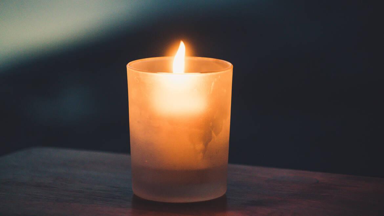 Comment aider un proche qui vit un deuil ?